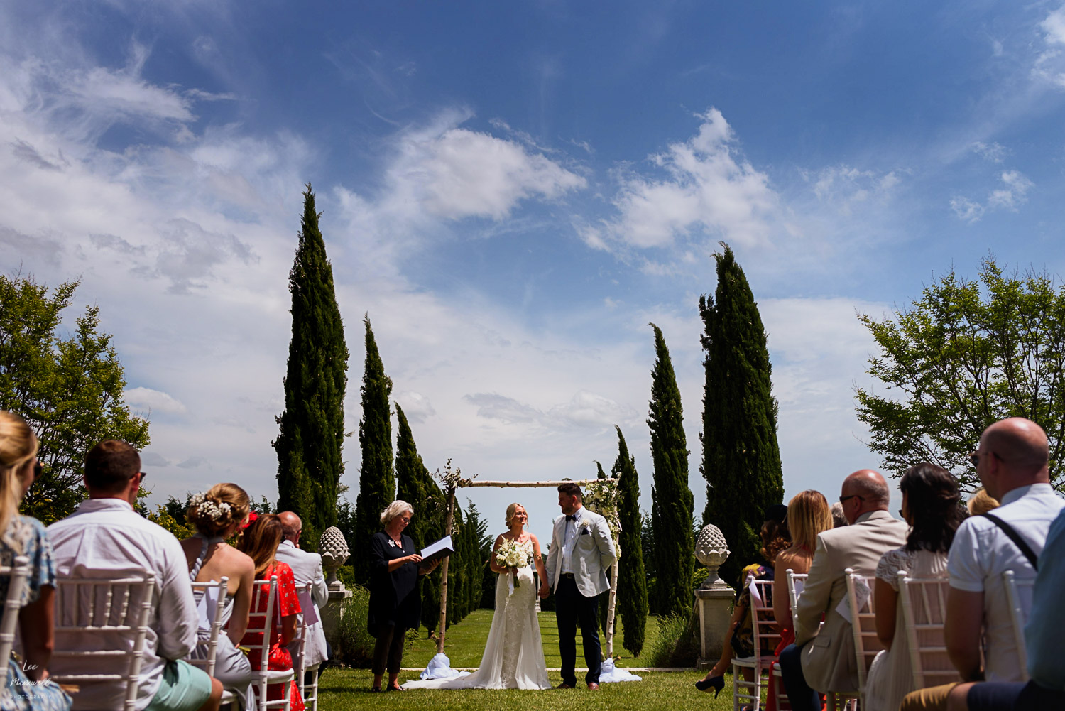 Wedding ceremony at Chateau La Durantie