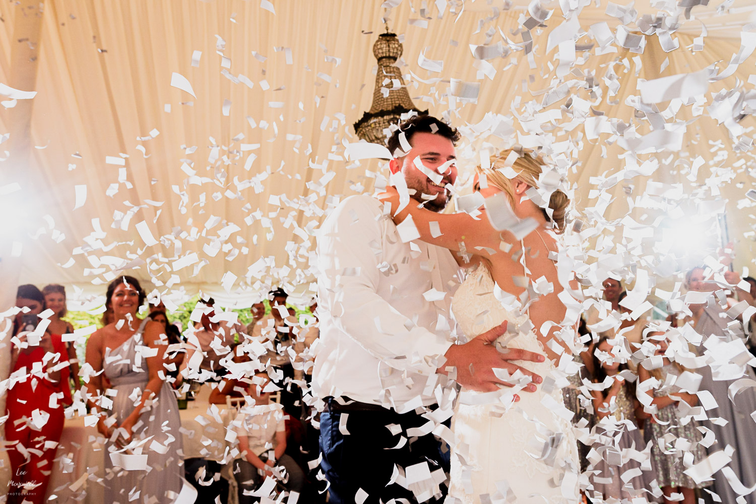 First dance at Chateau La Durantie with confetti