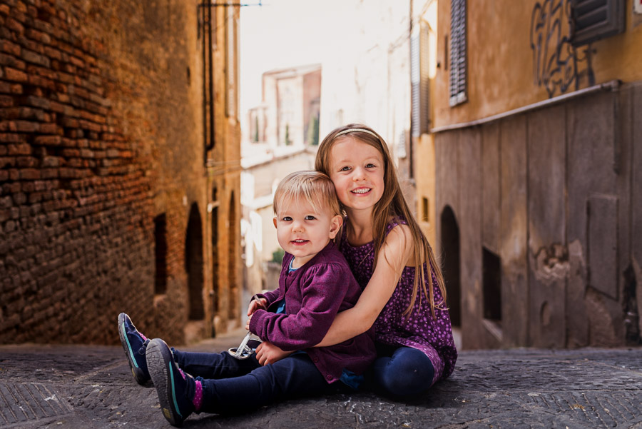 Italy wedding photographer in Siena