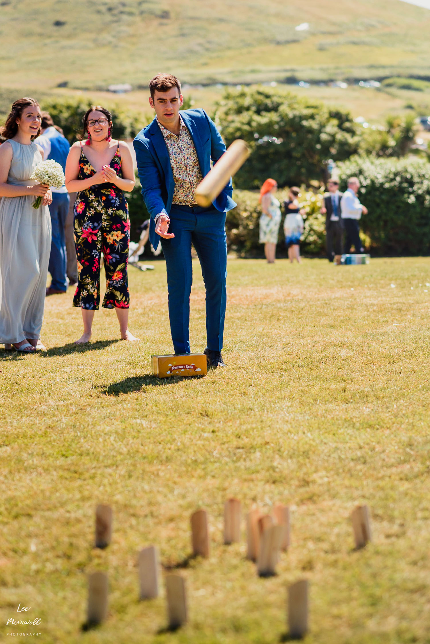Wedding guest playing games