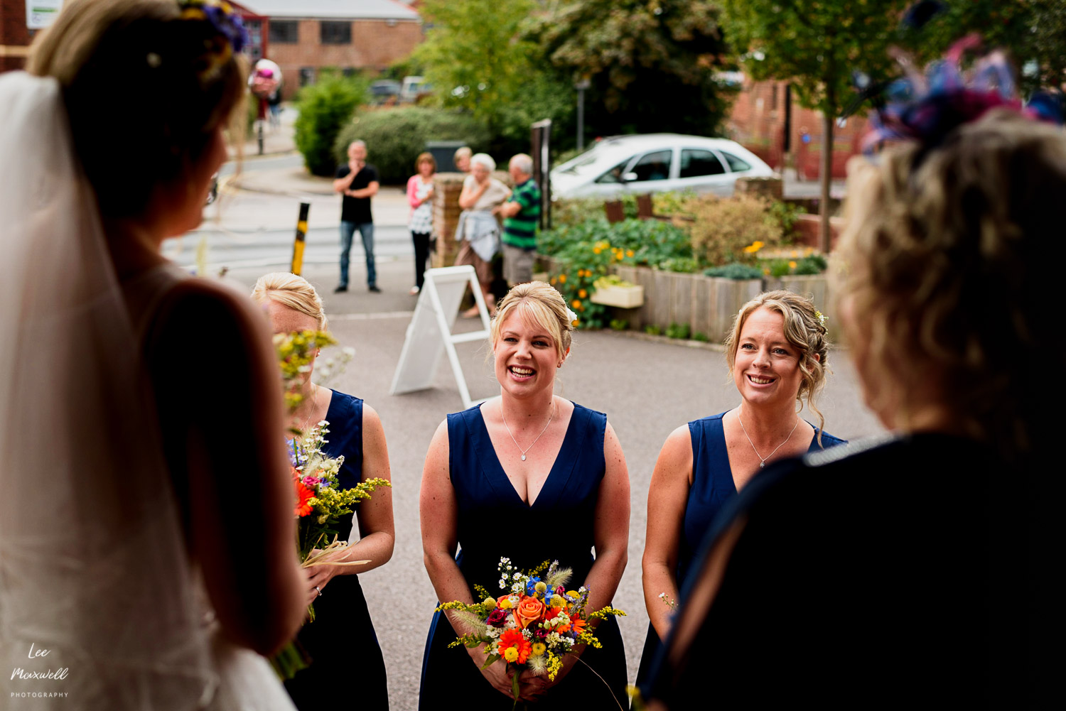 Bridesmaids arriving
